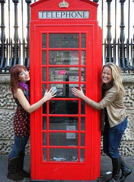 Phone box hug_standard-co-uk