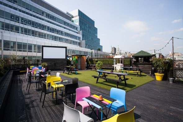 Queen-of-Hoxton-Summer-Rooftop-cityroadonline_co_uk